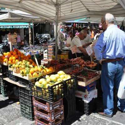 marketplace in Provence